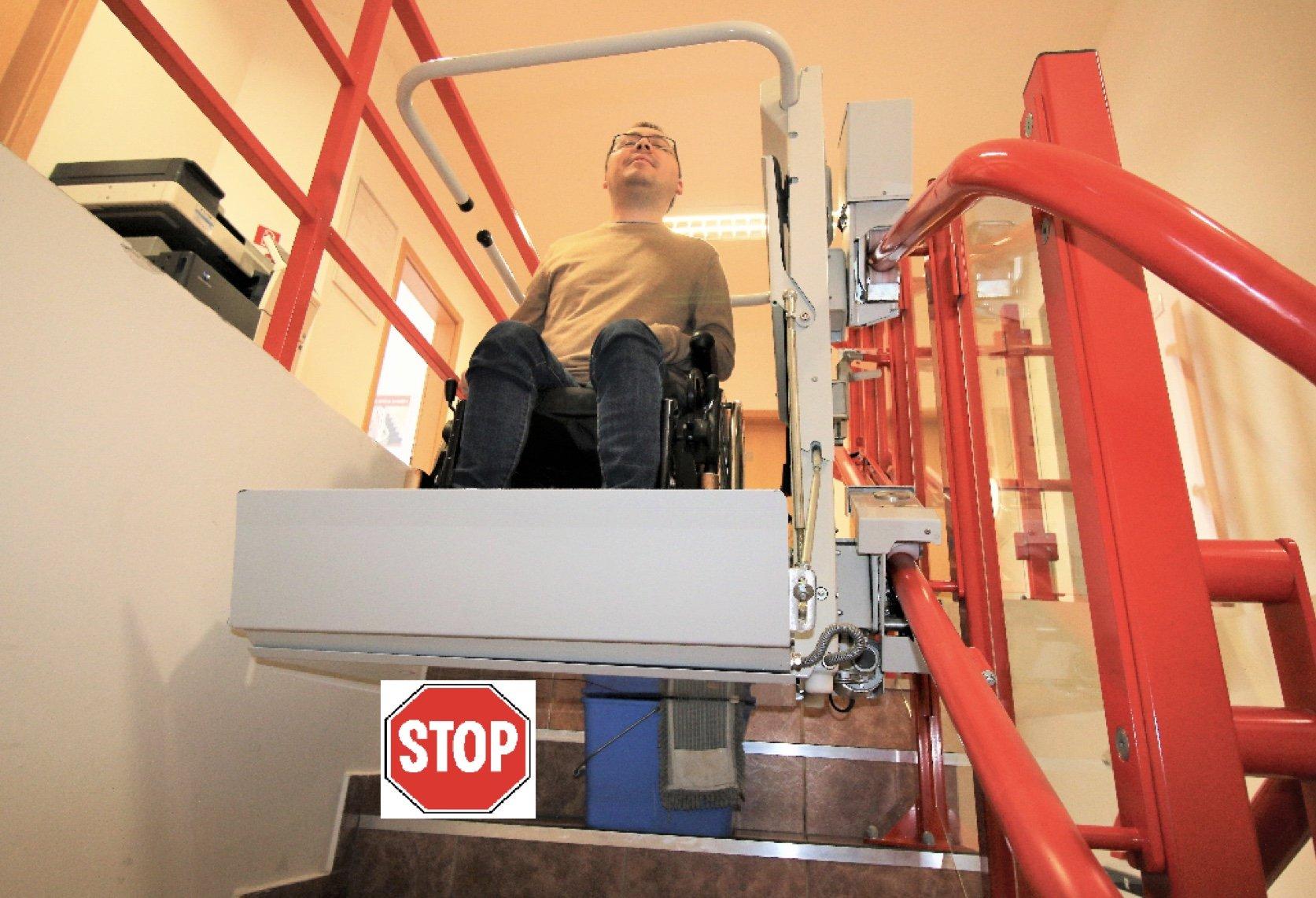 Citlivé dno na schodiskovej plošine SP-Stretos | ARES