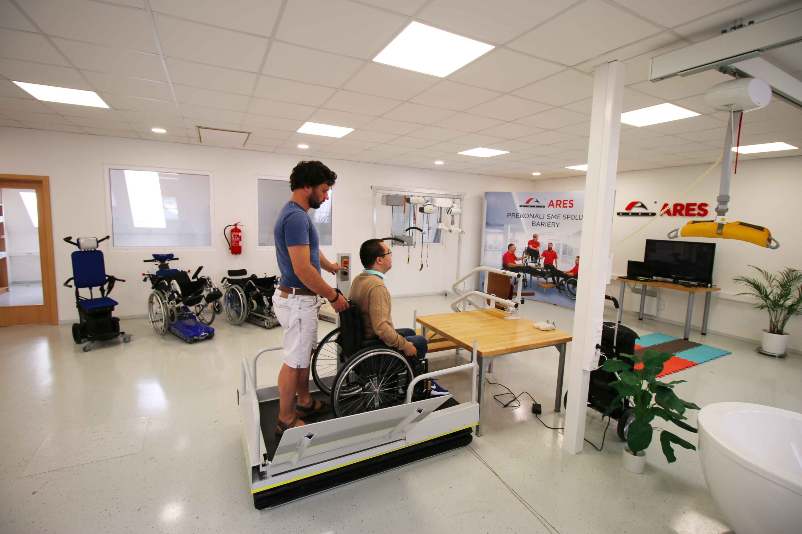 Zdvíhacia plošina pre vozičkárov